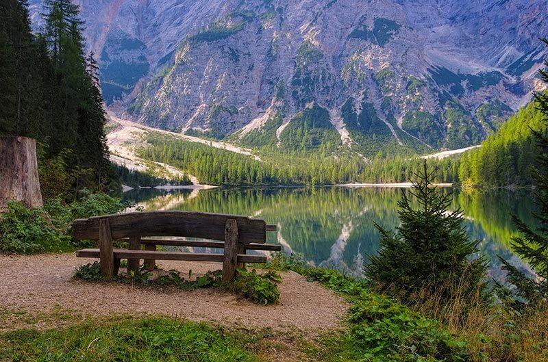 Braies Meer / Lago di Braies in Zuid-Tirol / Dolomieten